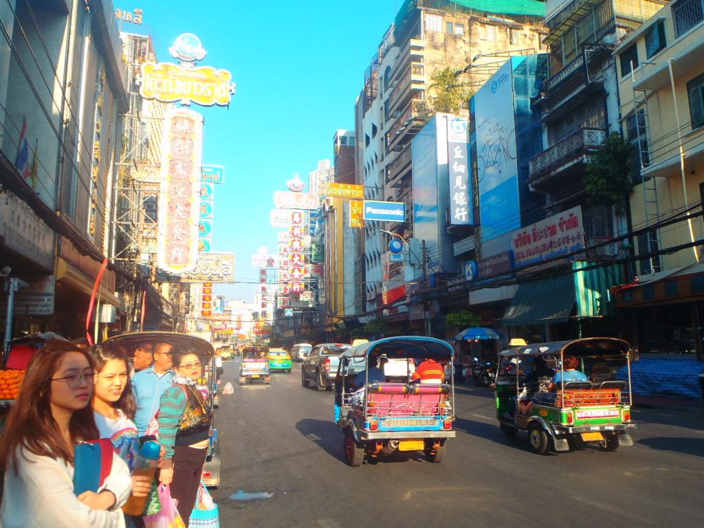 Myslim, ze tato fotka dobre vystihuje Bangkok. © EloPhotography